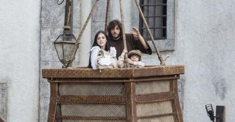 O rapaz fugirá a corte acompanhado pela família voando pela primeira vez