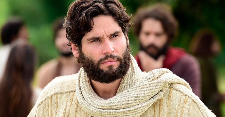 Nesta semana em Jesus: Jesus fica comovido com mulher carregando o filho morto e ressuscita o rapaz
