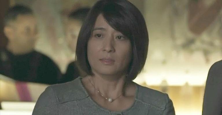 Nos próximos capítulos de Malhação: Mitsuko expulsa Anderson do restaurante