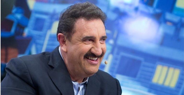 O apresentador testou positivo três dias após retornar seu programa no SBT com plateia