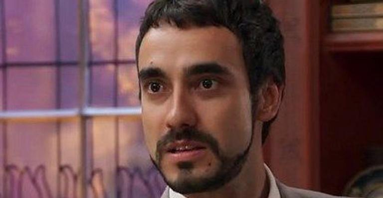 Em Haja Coração, Leozinho sabota helicóptero para destruir Fedora