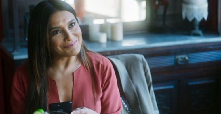 A atriz se tornou um dos assunto mais comentados da web após protagonizar cenas quentes com Manoela Aliperti na série