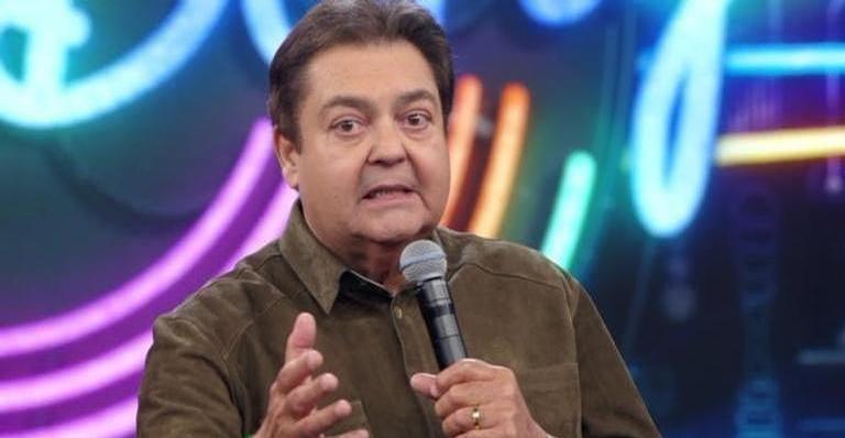 Emissora desmente boatos de que o apresentador estaria na UTI: 'Ele esclarece que não está internado'