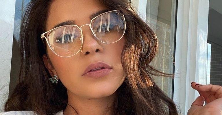 Ex-BBB revela estar vivendo romance e diz não querer se expor: 'Sou tímida'