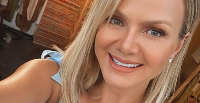 Filha de Eliana surge fantasiada e rouba a cena na web