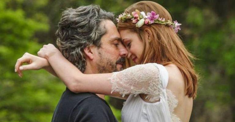 Ainda comprometido, Comendador vai levar a amante para uma noite de nupcias no Monte Roraima