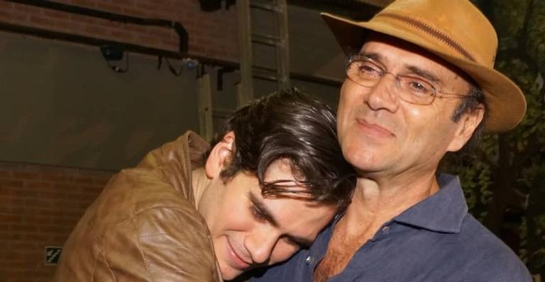 Gabriel Sater interpretará o peão Trinade na nova versão da trama