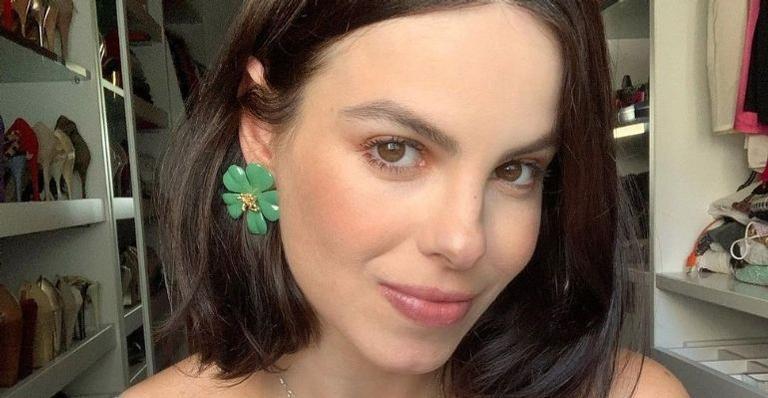 A atriz abriu a caixinha de perguntas e falou sobre a experiência de conhecer o elenco