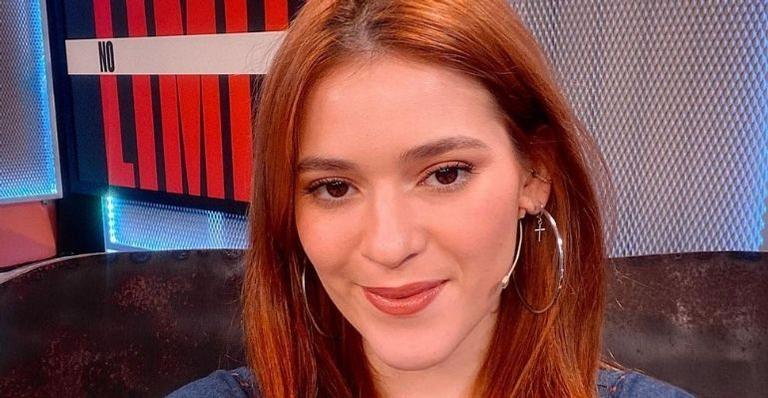 A apresentadora foi questionada por um seguidor sobre a pausa no trabalho e ela negou a informação