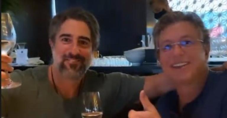 Em almoço, Marcos Mion mostrou sua primeira reunião com o diretor de programas da emissora: 'Esse momento é medalha de ouro'