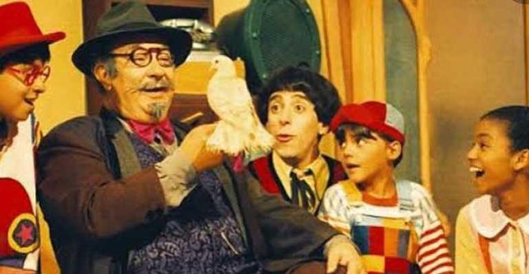 Cássio Scapin, Luciano Amaral, Cynthia Rachel e Fredy Állan se despedem do ator que viveu o Dr. Victor no programa da TV Cultura