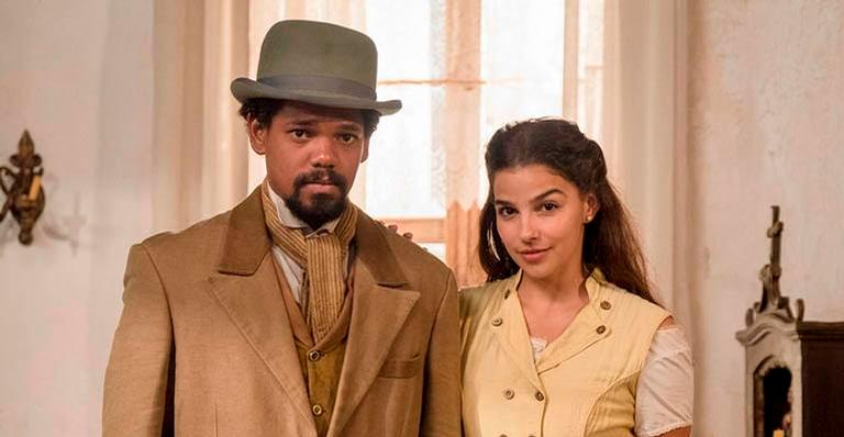 Pilar não acredita nas explicações de Samuel e os dois terminam o relacionamento