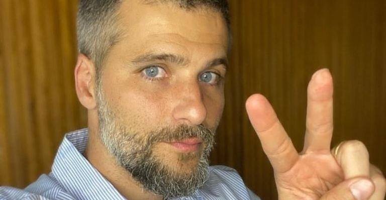 Bruno Gagliasso se encanta ao posar com o filho caçula: 'Nenhuma legenda vai descrever esse momento'